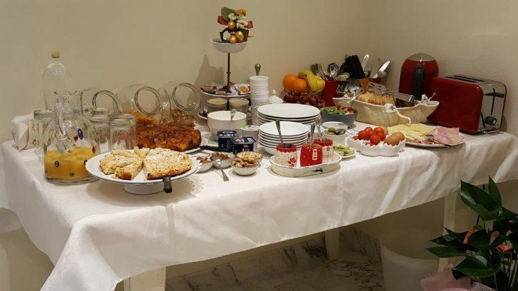 Πρωινό, Five Roses Bed & Breakfast, Πίζα, Τοσκάνη, Ιταλία, Ευρώπη