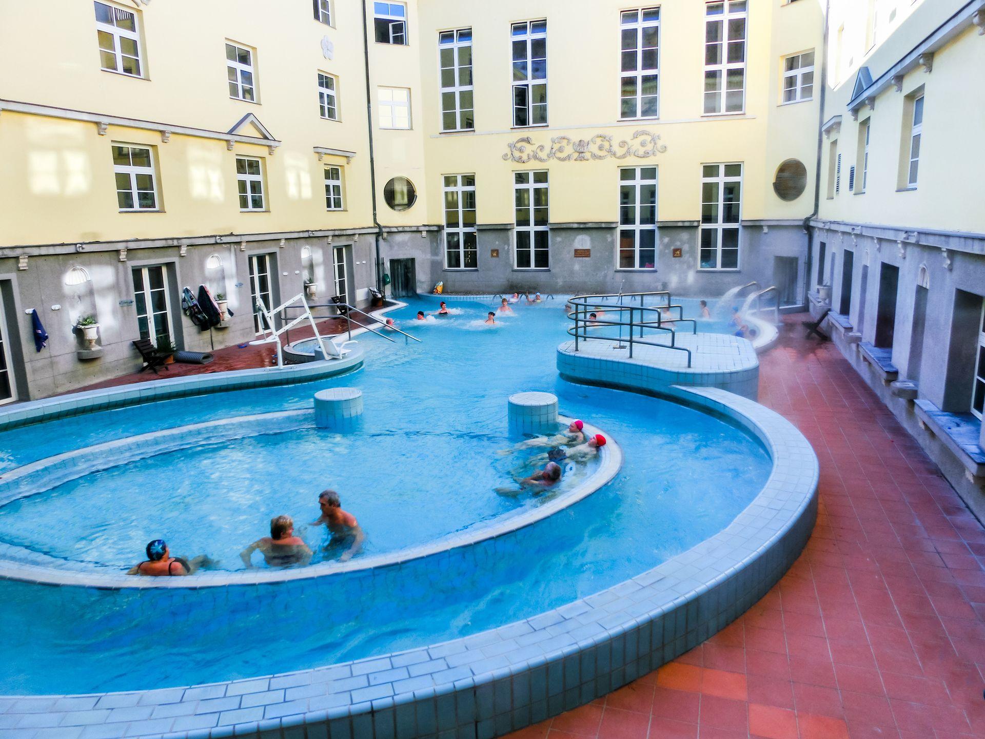 Λουτρά Λούκατς, (Lukaks baths), Βουδαπέστη, Ουγγαρία, Ευρώπη