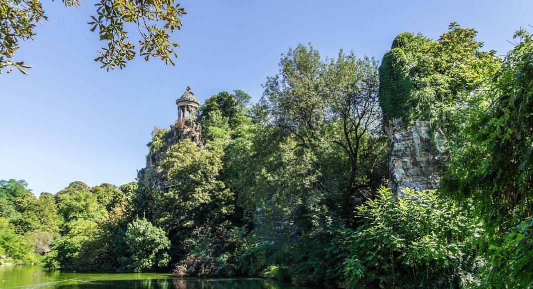 Πάρκο Μπιτ Σομόν (Parc des Buttes-Chaumont) , Παρίσι, Γαλλία , Ευρώπη